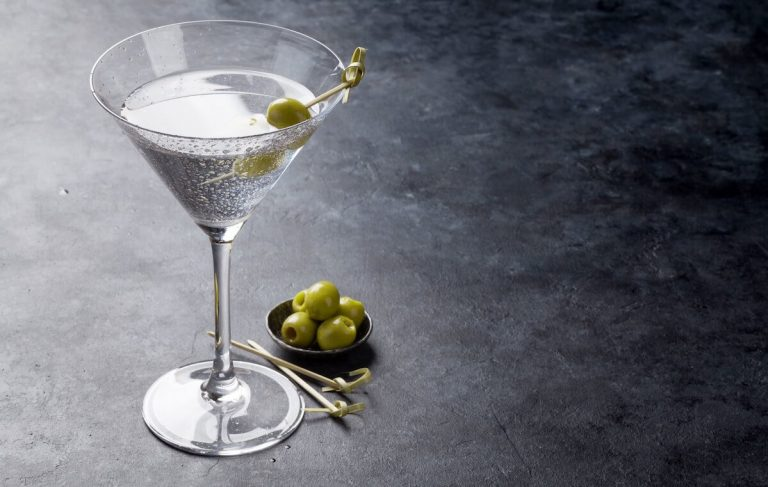 A Dry Martini for World Gin Day